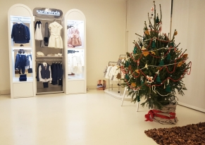 Miniconf created a showroom for one week to present the new clothing line for kids called Sarabanda.