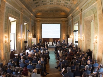 Corporate event organised by Smart Eventi in the prestigious Roman venue Galleria del Cardinale