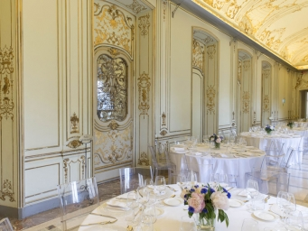 Smart Eventi organized a meeting and a gala dinner for Boston Scientific in the beautiful Palazzo Bocconi
