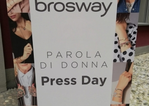 We organized the press day to launch the jewels' new collection by Brosway.