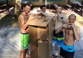 We organised a team building carton boat activity for Decathlon at Cassano D'Adda