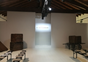 Smart Eventi organized D'Exterior's show during the fashion week.